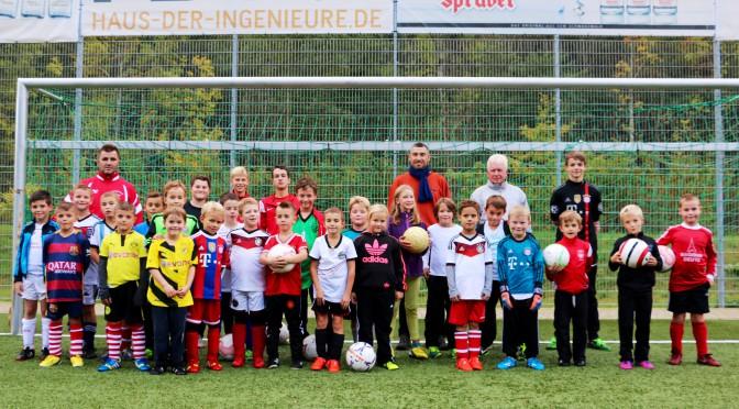 Sonntag 10:30 Bambini+F Junioren Spieltag, Samstag 12:00 E Jugend Derby